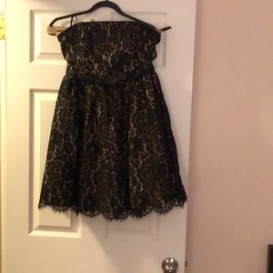 Robert Rodriguez strapless black lace dress